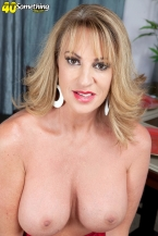Annette wishes to check out u jack off