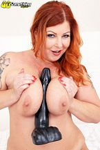 Big-titted Tammy Jean and her giant toy