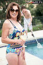 The pool boy bonks Cashmere's ass